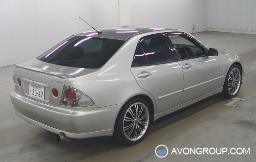 Used 2002 Toyota Altezza for Sale in Japan #13225