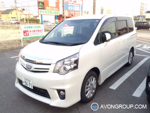 Used 2012 Toyota Noah for Sale in Japan #13520
