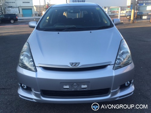 Used 2004 Toyota WISH for Sale in Japan #13590